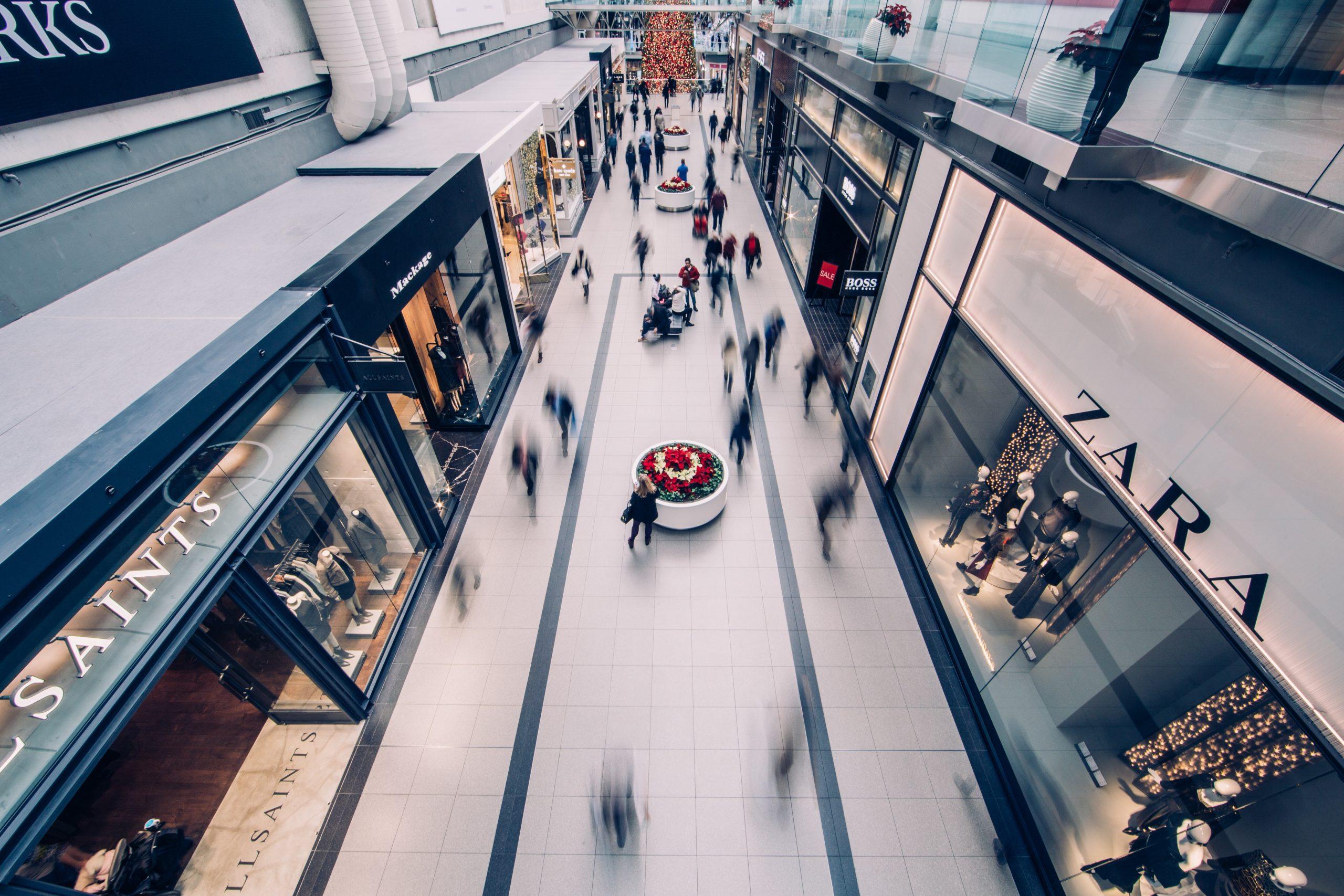 magasins franchisés dans un centre commercial